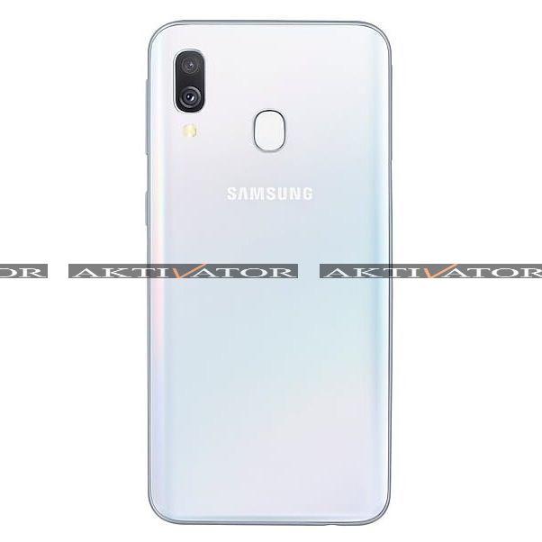 Смартфон Samsung Galaxy A40 64Gb White